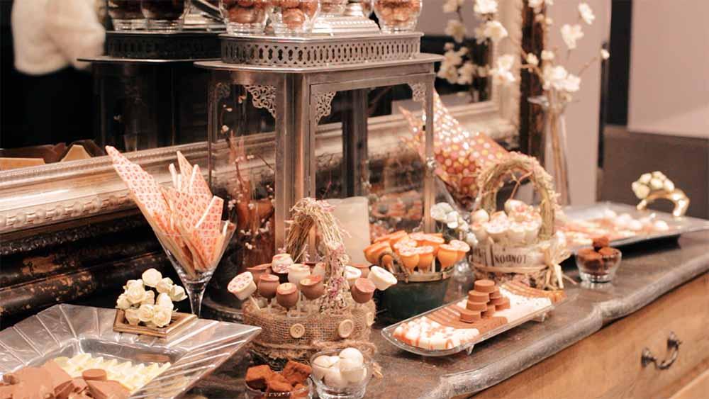 Mesa de chocolate. Casa Lobato